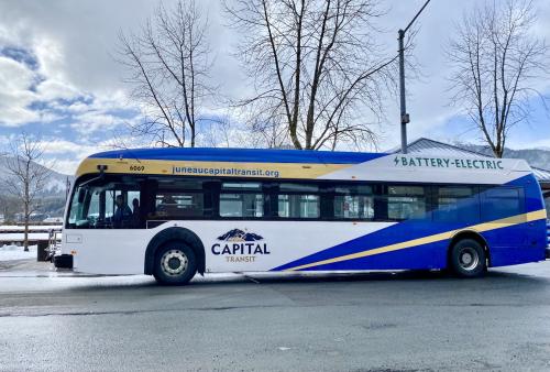 Electric-bus-capital-transit