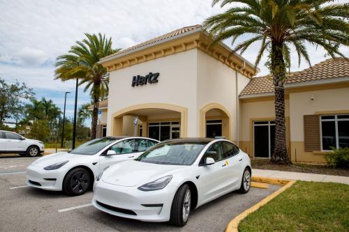 Hertz ordering 100,000 Teslas by end of 2022