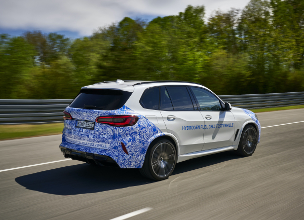 BMW begins road testing of i Hydrogen NEXT; small-series production model in late 2022